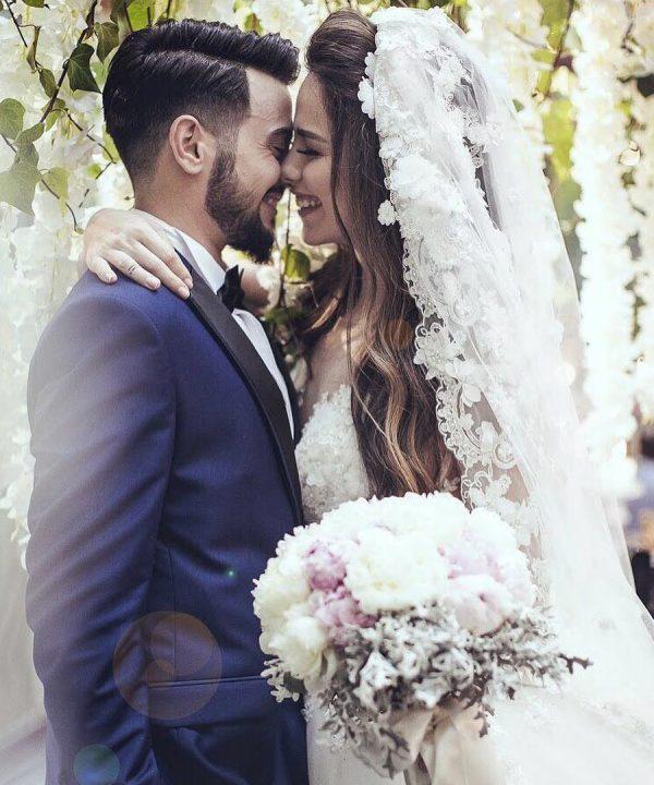En mutlu gününde bizi tercih eden sevgili Kübra Hanım'a ve eşine teşekkür eder, bir ömür mutluluklar dileriz. #iğneiplikmoda #gelinlik #iğneiplikmodagelini #bridal #bride #weddingdress #wedding #nice #fashion #gelin
